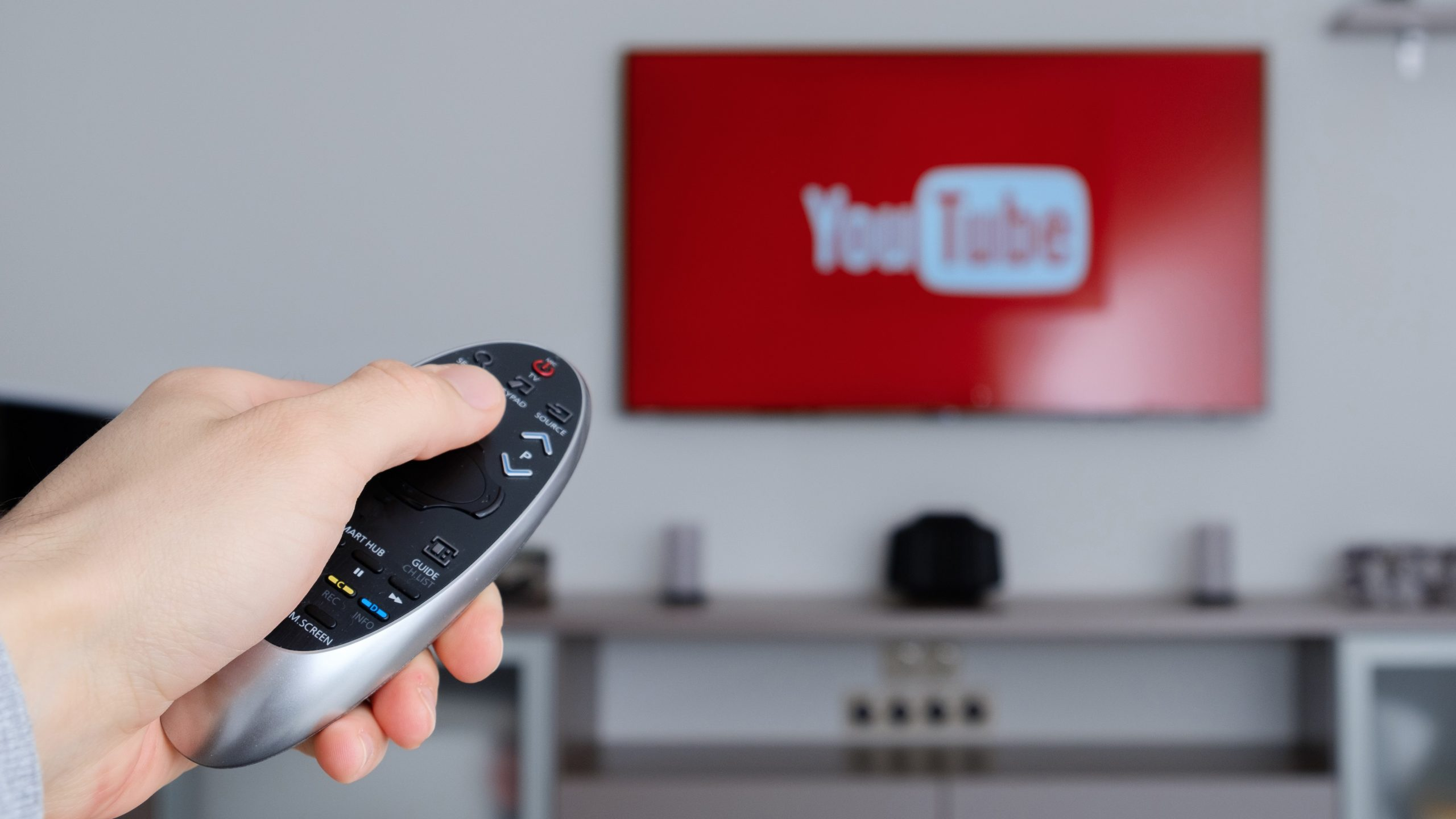How to Cast YouTube to Your TV Efficiently - The Trending Times