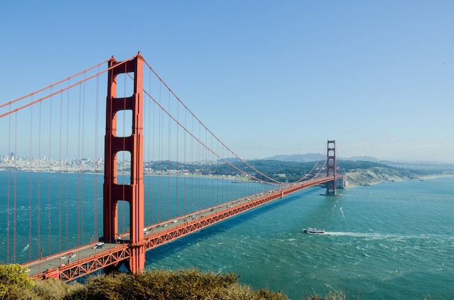 Golden Gate Bridge, symbolizing America